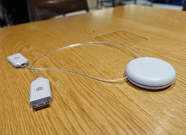 Устройство для подключения внешних носителей к телевизору Samsung