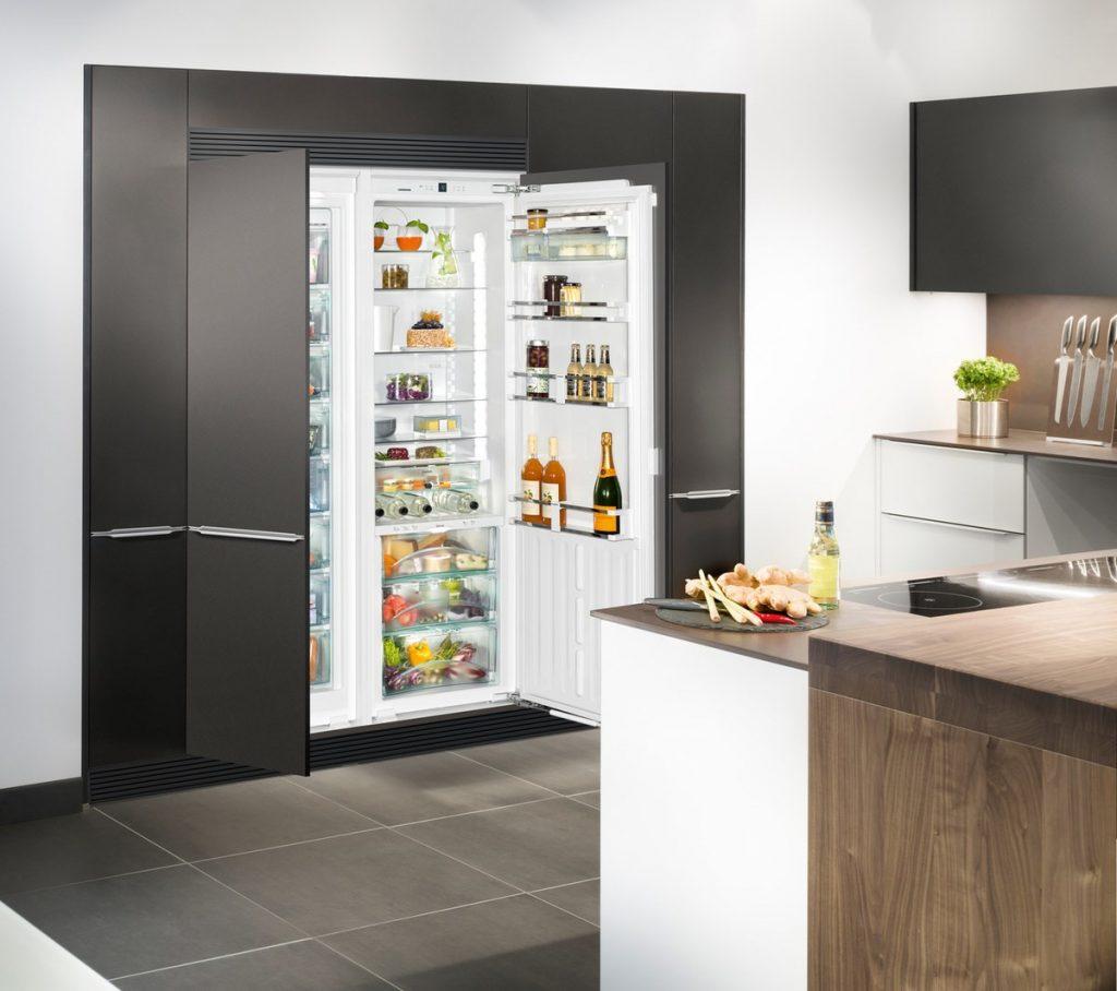 Повністю вбудований холодильник