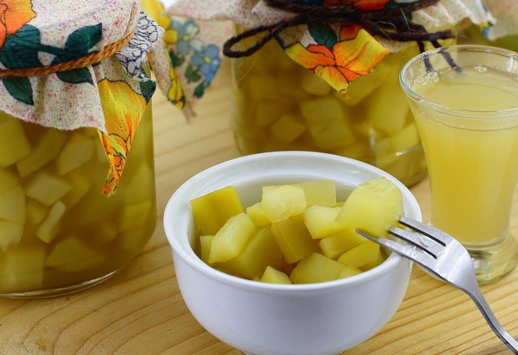 Готові консервовані кабачки з ананасом
