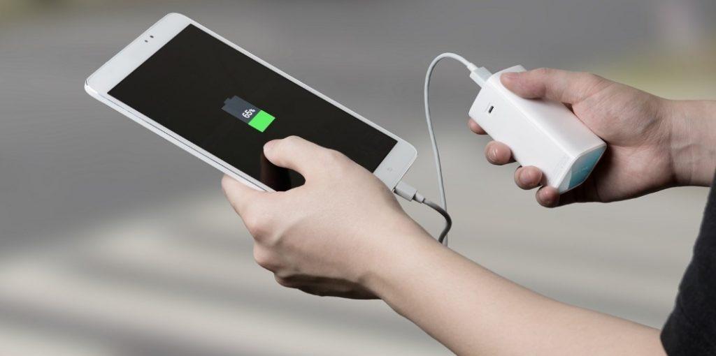 Зарядка смартфона Power Bank