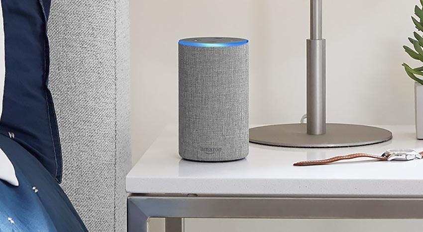 «Розумна» колонка Amazon Echo