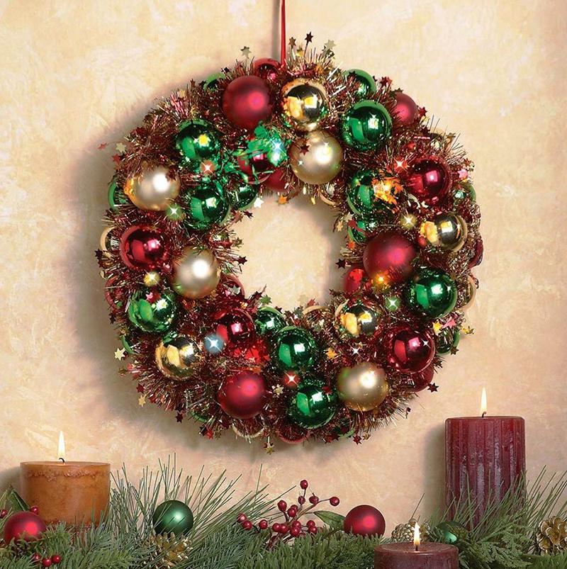 Фото різдвяний вінок з куль