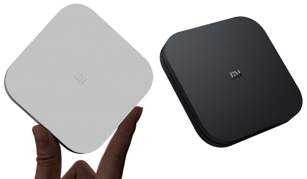 Чорний і білий Mi Box 4