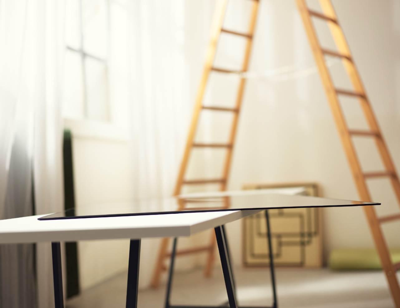 LG W7 на столі