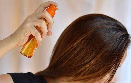 Наносим защиту на волосы перед сушкой (масляные спреи, лосьоны или бальзамы)