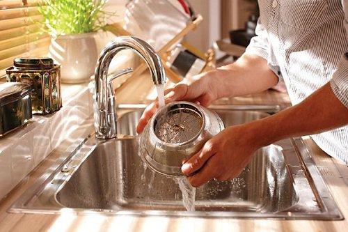 Как правильно мыть детали соковыжималки