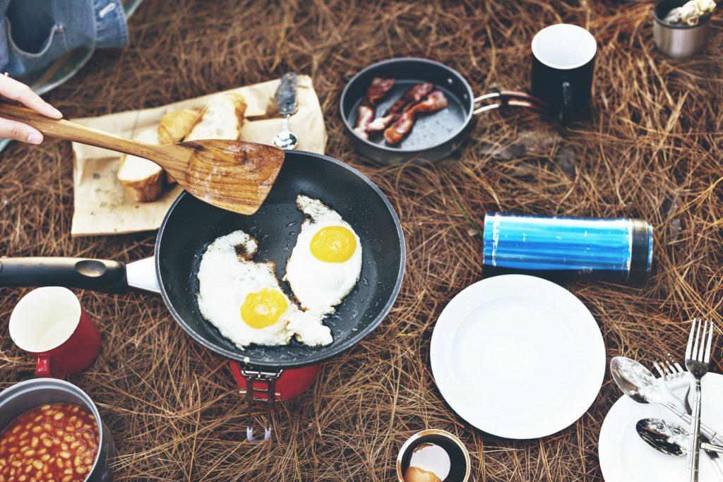 Посуд для походу