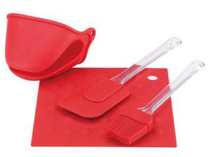 Силіконові лопатки щоб не подряпати покриття хлібопічки