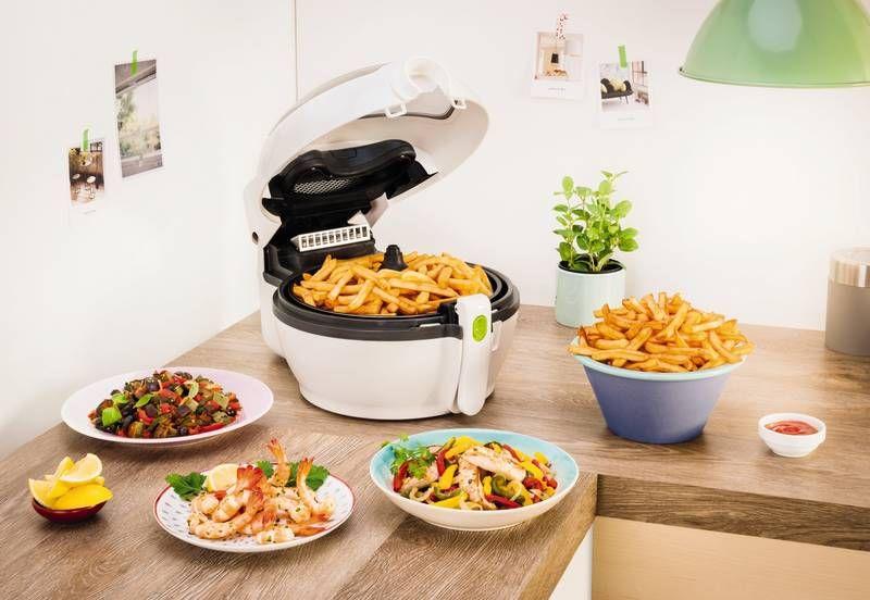 Блюда приготовленные во фритюрнице: картошка, курица и другие