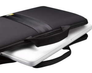 Ноутбук в сумці-чохлі